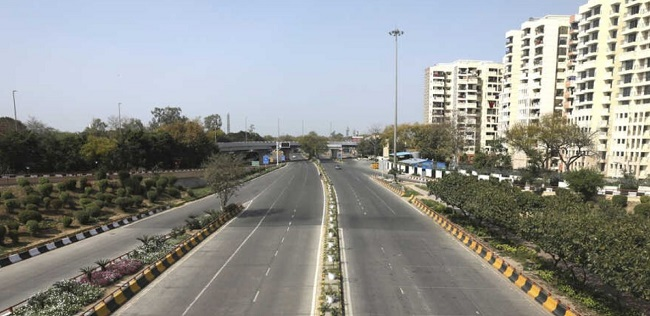 सूनी पड़ी सड़क (फाइल फोटो)