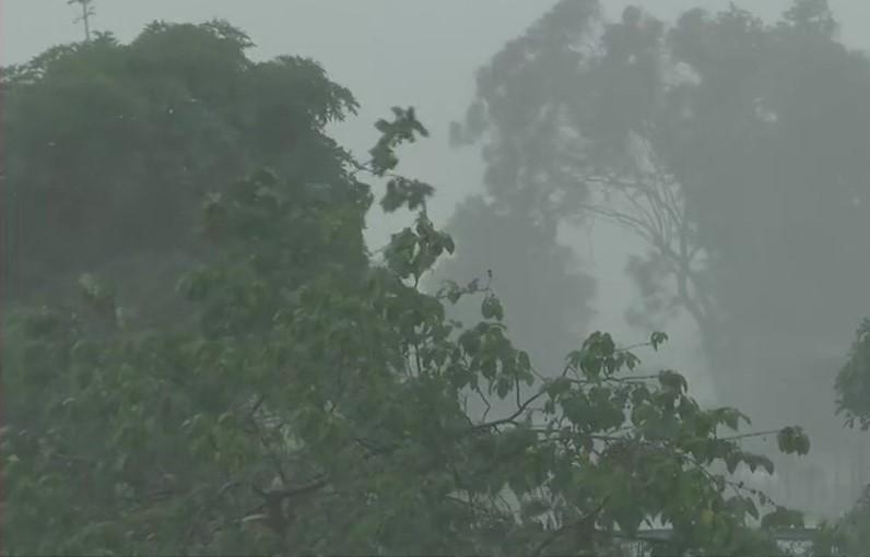 देहरादून में बारिश से खुशगवार हुआ मौसम