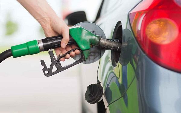महंगा हुआ पेट्रोल-डीजल