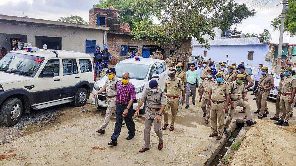 बिकरू गांव में विकास दुबे और उसके गुर्गों ने की थी आठ पुलिस कर्मियों की हत्या (फाइल फोटो)