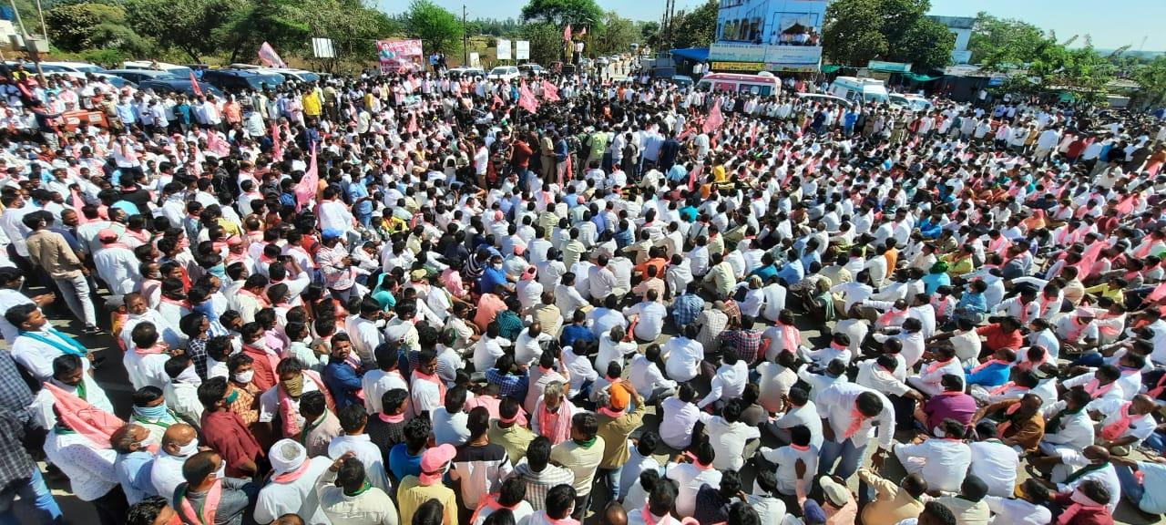 किसानों का आंदोलन को गुरूवार को तीसरा हफ्त शुरू