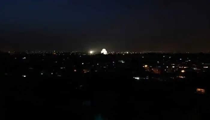 बिजली गुल होने से कराची में अंधकार