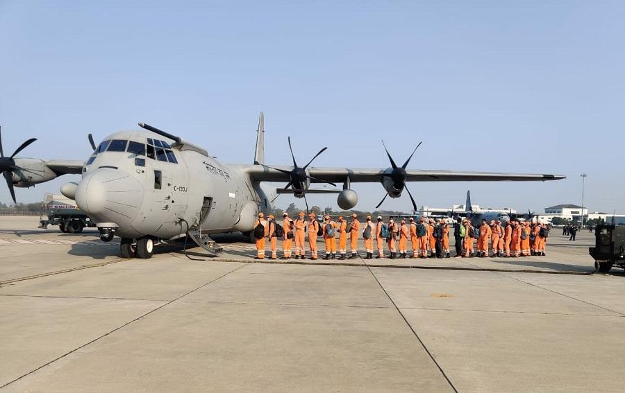 राहत के लिये IAF C-130 एयरक्राफ्ट देहरादून के लिये रवाना