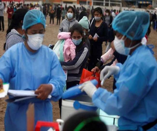कोरोना संक्रमितों की बढती संख्या से हर कोई भयभीत (फाइल फोटो)