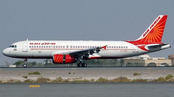 एयर इंडिया की फ्लाइट रद्द (फाइल फोटो)