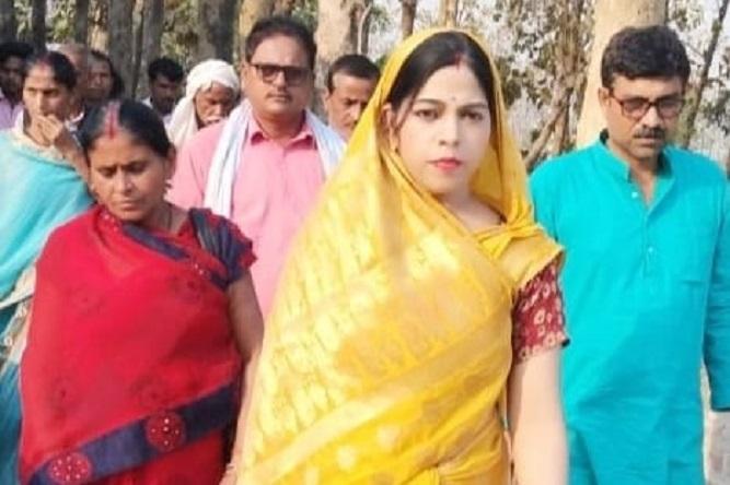 भाजपा की महिला मोर्चा की जिलाध्यक्ष मधु पांडेय