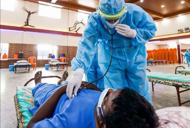 अस्पतालों में अब भी ऑक्सिजन की कमी की शिकायतें जारी (फाइल फोटो)