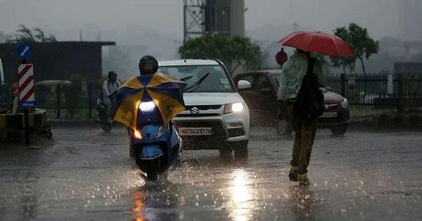 दिल्ली में तेज बारिश