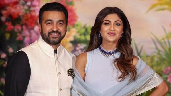 शिल्पा शेट्टी और उनके पति राज कुंद्रा (फाइल फोटो)