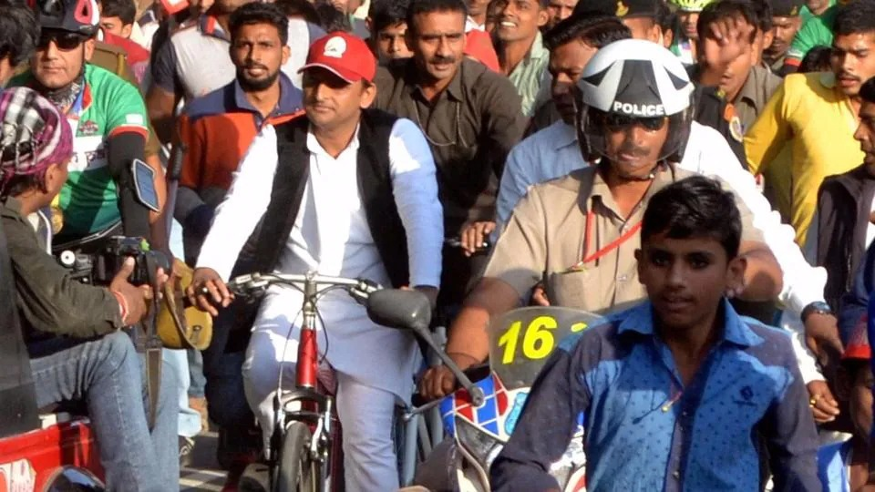 लखनऊ में फिर साइकिल रैली निकालेंगे अखिलेश यादव (फाइल फोटो)