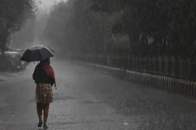 यूपी के कई जनपदों में बारिश के आसार (फाइल फोटो)