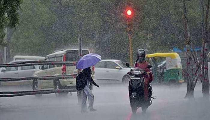 यूपी के कुछ जिलों में तेज बारिश का अनुमान (फाइल फोटो)